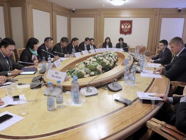 Parlamentos de Vietnam y Rusia impulsan relaciones multifaceticas hinh anh 1