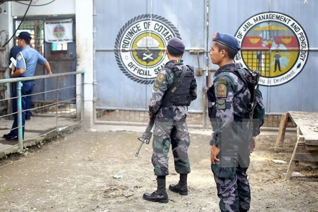 Filipinas rescata a rehenes secuestrados por Abu Sayyaf hinh anh 1