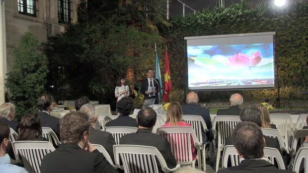 Efectuan en Buenos Aires seminario