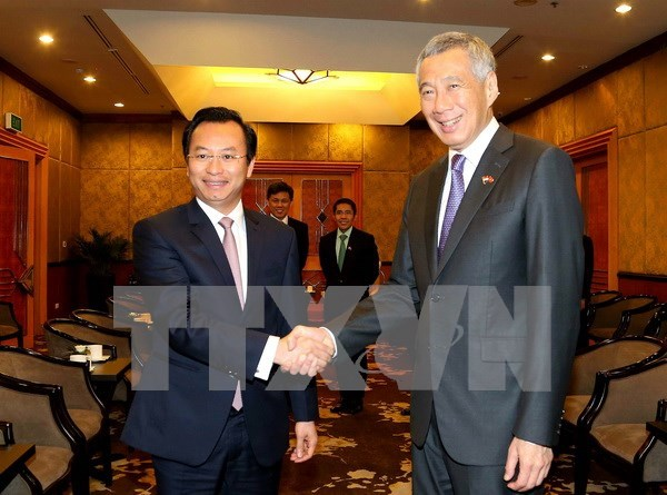 Premier singapurense confirma su asistencia en Ano de APEC 2017 hinh anh 1