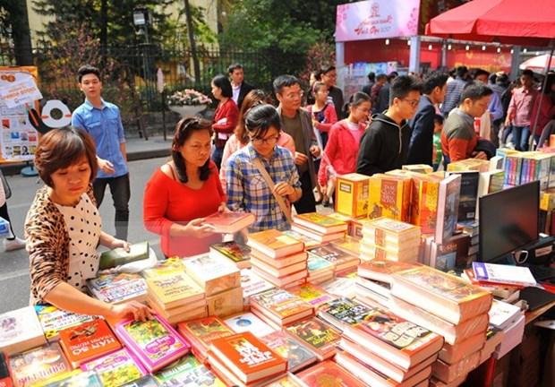 Gobierno vietnamita promueve habito de lectura hinh anh 1