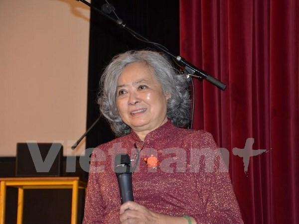 Presentan en Francia libro biografico sobre victima vietnamita de Agente Naranja hinh anh 1