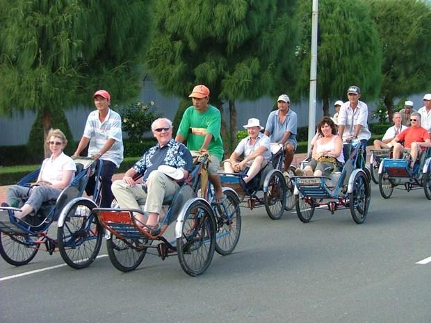 Crecen llegadas de turistas extranjeros a Vietnam hinh anh 1