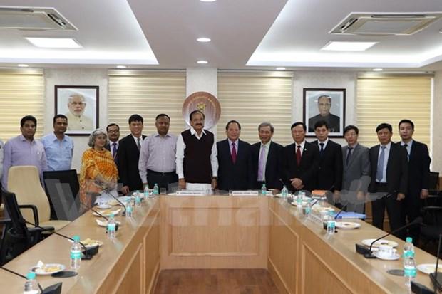 Buscan Vietnam y la India fortalecer nexos en sector de la prensa hinh anh 1