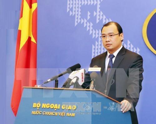 Vietnam verifica informacion sobre supuestas instalaciones militares de China en Truong Sa hinh anh 1