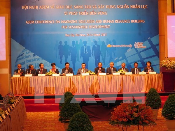 Concluye en Vietnam conferencia de ASEM sobre educacion innovadora hinh anh 1