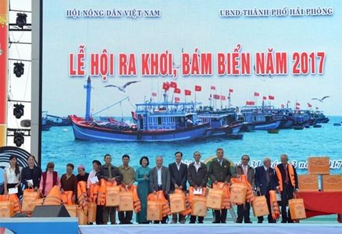 Vietnam celebra primer festival de salida al mar y defensa maritima hinh anh 1