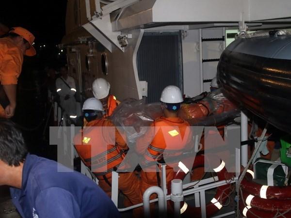 Encuentran ultimo cadaver de tripulante de barco vietnamita naufragado hinh anh 1