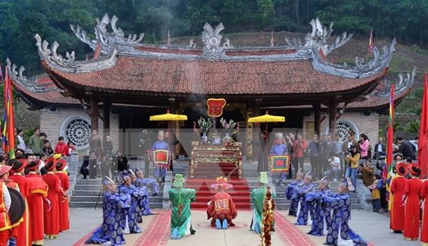 Homenajean en Vietnam a progenitores legendarios de la nacion hinh anh 1