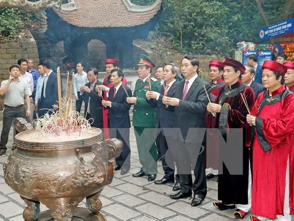 Presidente de Vietnam rinde tributo a reyes Hung en Phu Tho hinh anh 1