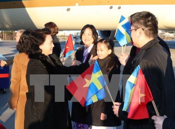 Presidenta parlamentaria de Vietnam llega a Suecia para visita oficial hinh anh 1