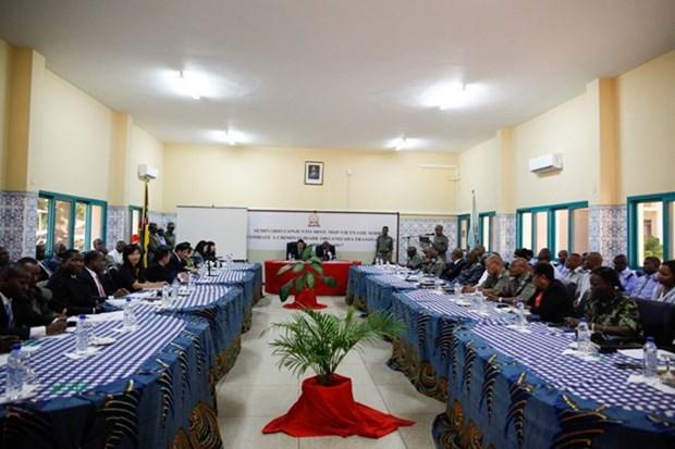 Vietnam y Mozambique impulsan colaboracion en seguridad y defensa hinh anh 1