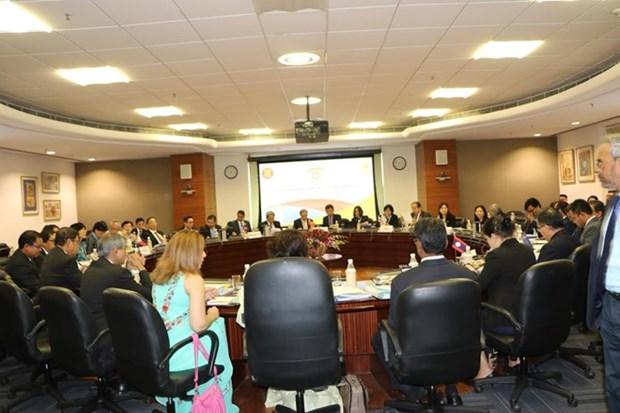 ASEAN e India revisan la cooperacion en diversos sectores hinh anh 1