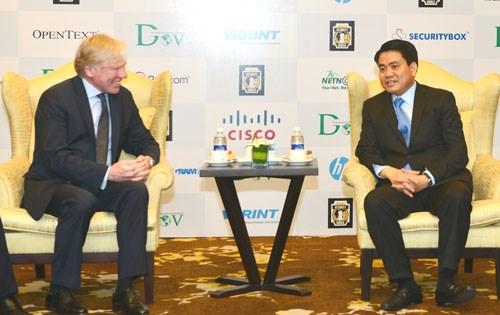 Hanoi solicita apoyo de Microsoft para convertirse en vivero tecnologico hinh anh 1