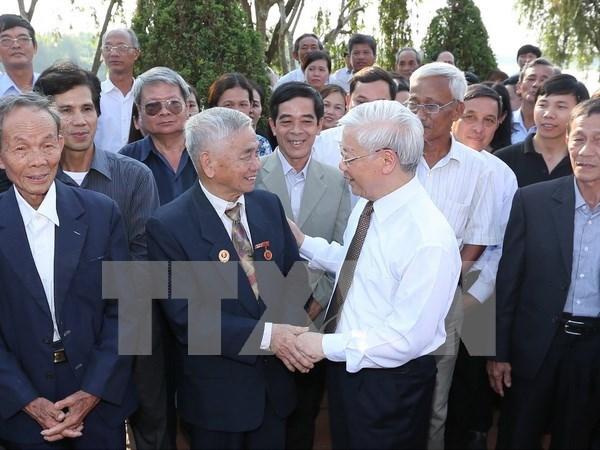 Rinden homenaje a exsecretario general del PCV en aniversario 110 de su natalicio hinh anh 1