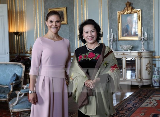 Presidenta del Parlamento vietnamita se reune con princesa heredera de Suecia hinh anh 1