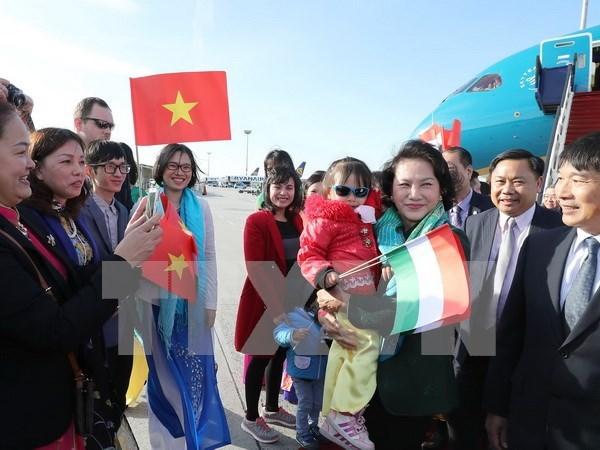 Presidenta de Asamblea Nacional de Vietnam inicia visita a Hungria hinh anh 1