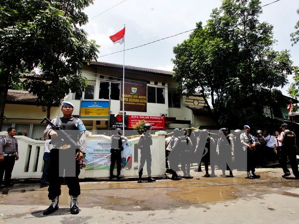 Policia indonesia elimina a seis sospechosos de terrorismo hinh anh 1