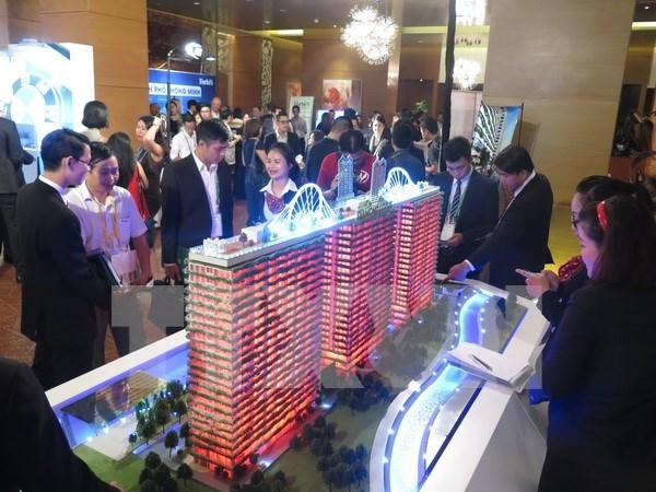 Mercado inmobiliario de Vietnam tiende a desarrollar segmentos medio y de lujo hinh anh 1