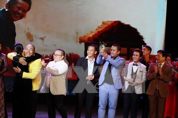 """Sai Gon, te amo"" se alza con premio ""Cometa de oro 2016"" de cine vietnamita hinh anh 1"