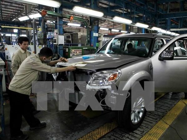 Vietnam busca desarrollar una fuerte industria automotriz hinh anh 1