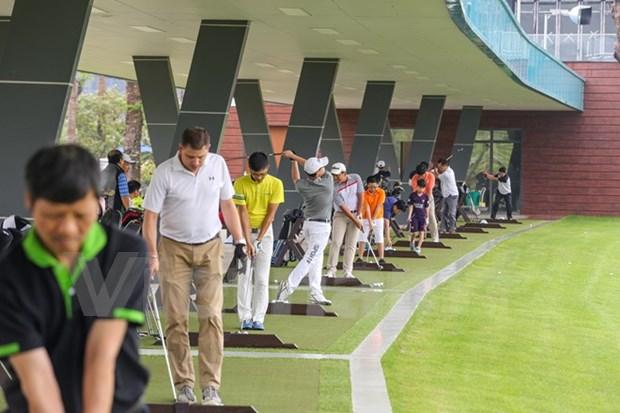 Paises de ASEAN estrechan lazos en torneo amistoso de golf en Venezuela hinh anh 1