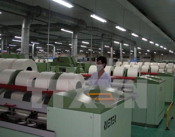 Debaten influencias de cuarta revolucion industrial en estrategia de desarrollo de Vietnam hinh anh 1