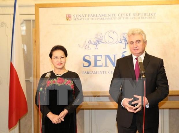 Vietnam: mercado clave de Republica Checa en ASEAN hinh anh 1