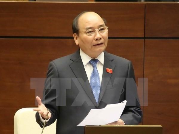 Premier promete condiciones optimas para inversores en turismo hinh anh 1