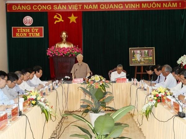 Lider partidista vietnamita insta a Kon Tum a desarrollar agricultura de alta tecnologia hinh anh 1