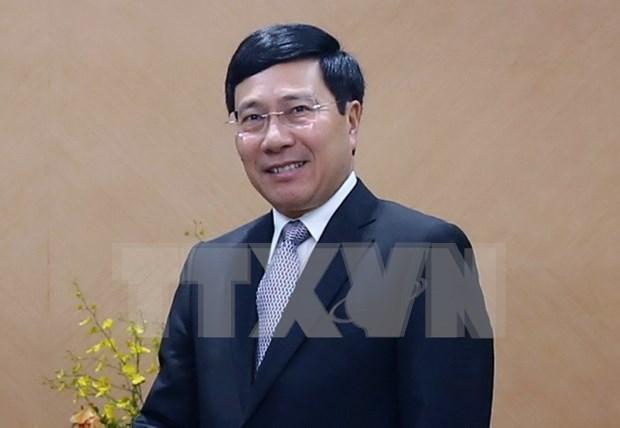 Vicepremier de Vietnam visita Embajada en China hinh anh 1