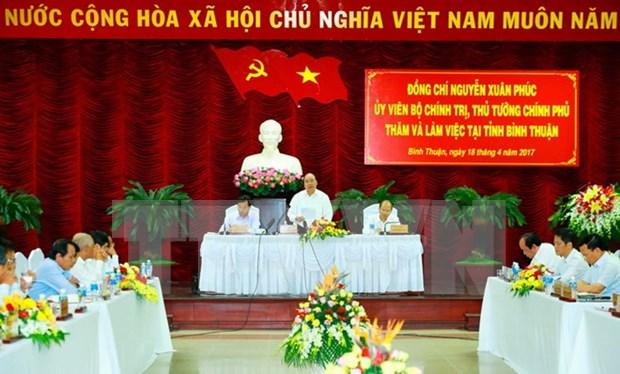 Premier vietnamita pide a Binh Thuan impulsar economia maritima hinh anh 1