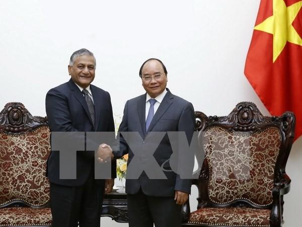 Premier vietnamita exhorta a eliminar barreras en comercio con India hinh anh 1