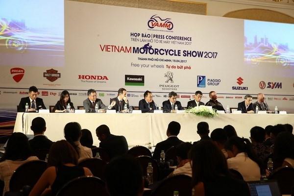 Presentaran nuevos modelos en salon de automoviles y motocicletas en Ciudad Ho Chi Minh hinh anh 1