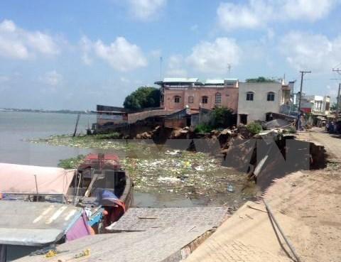 Deslave destruye decenas de casas en provincia vietnamita hinh anh 1