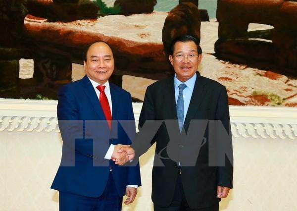 Premier vietnamita envia mensaje de agradecimiento a su par camboyano hinh anh 1
