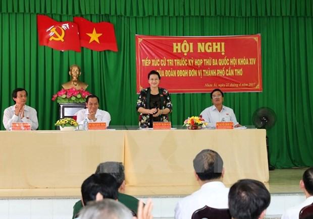 Presidenta de Parlamento dialoga con electores de Can Tho hinh anh 1