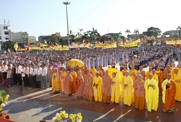 Felicitan a comunidad budista vietnamita por Vesak 2017 hinh anh 1