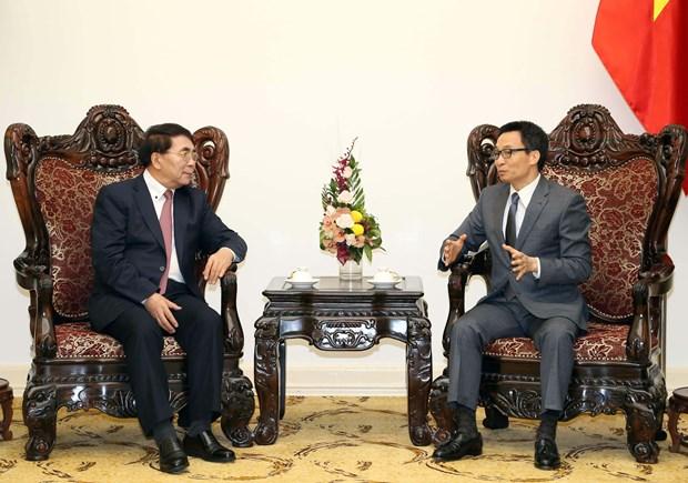Vicepremier vietnamita apoya intercambio de cientificos con China hinh anh 1