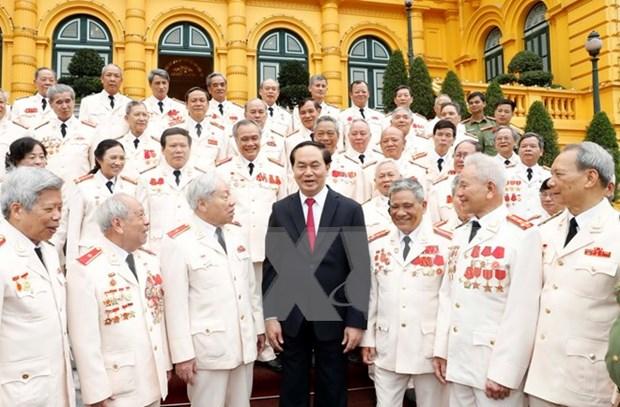 Presidente vietnamita elogia contribuciones de expolicias logisticos de la guerra hinh anh 1