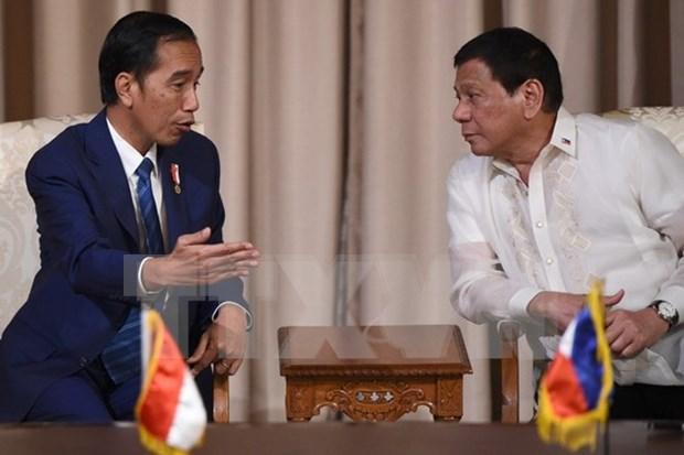 Indonesia y Filipinas firman 12 acuerdos en diversos sectores hinh anh 1