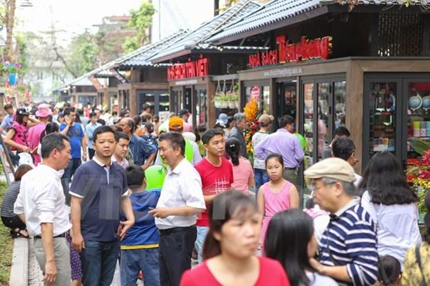 Hanoi inaugura calle de libros hinh anh 1