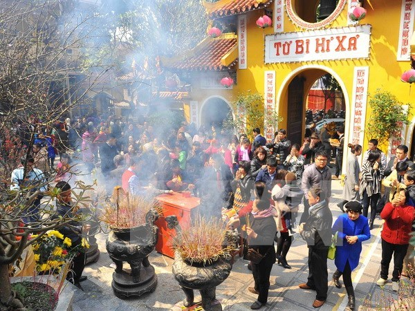 Felicitan a comunidad de seguidores budistas por Vesak 2017 hinh anh 1
