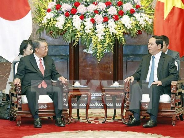 Presidente de la Camara Baja de Japon concluye visita a Vietnam hinh anh 1