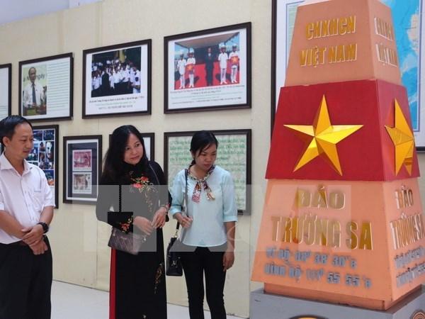 Abre puertas en Hoa Binh exhibicion sobre soberania maritima de Vietnam hinh anh 1