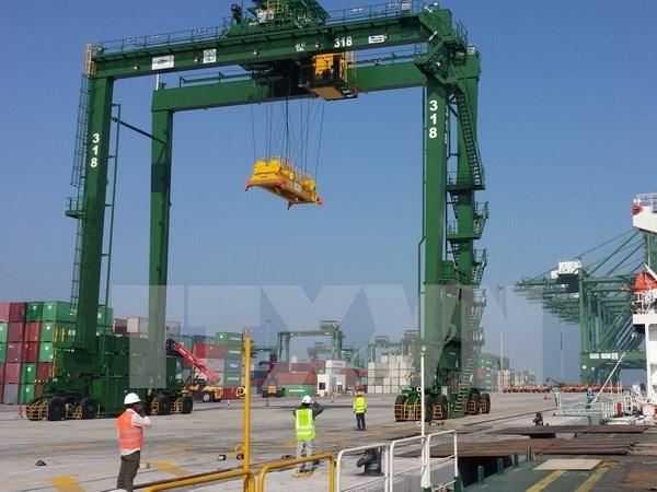 Doosan Vina exporta gigantescas gruas a India hinh anh 1