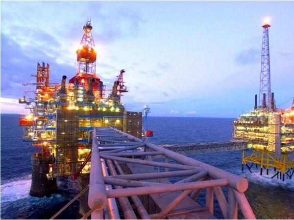Grupo petrolero de Tailandia suspende inversiones en Indonesia hinh anh 1