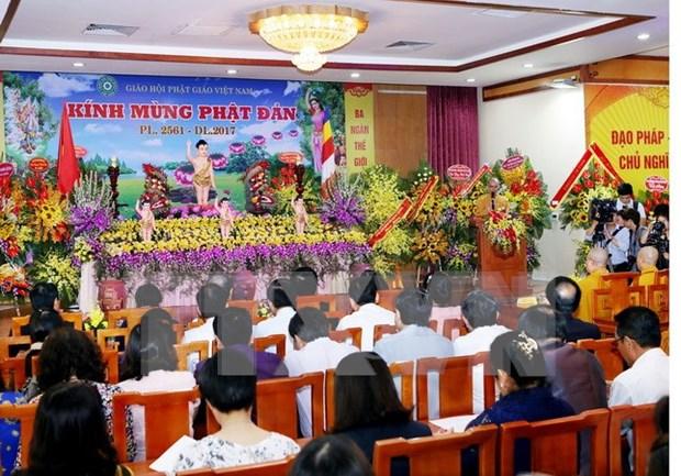 Budistas de Vietnam celebran el Dia de Vesak 2017 hinh anh 1
