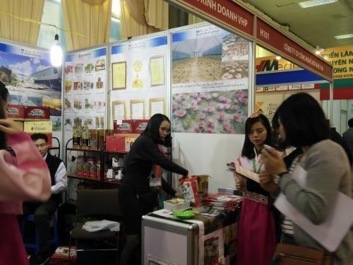 Gran surtido de productos tailandeses en feria en Vietnam hinh anh 1