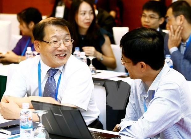 Altos Funcionarios de APEC debaten sobre tecnologia y recursos humanos hinh anh 1
